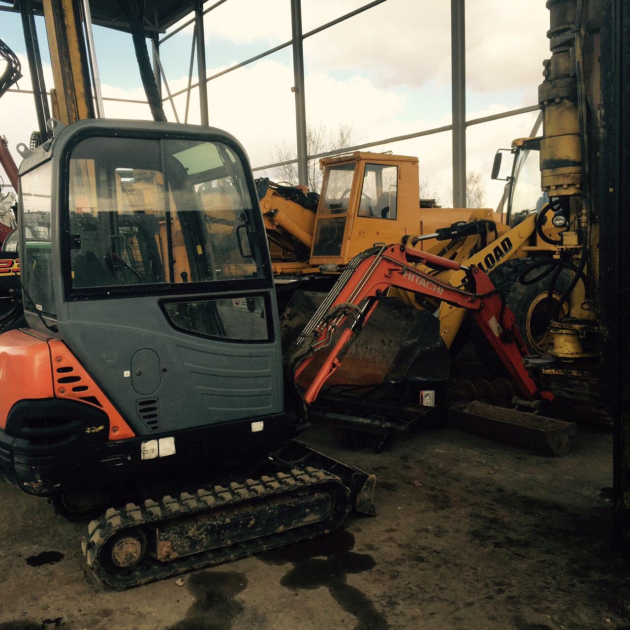 Mini excavator Hitachi ZX18